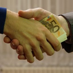 Remaja Mengelola Keuangan Pribadi