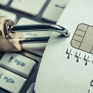 Cara Menjaga Kartu Kredit