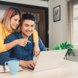 Mengatur keuangan bersama pasangan