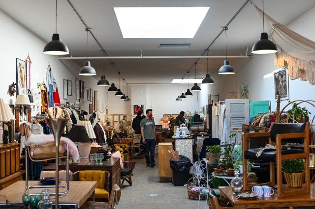 Cara Memulai Bisnis Thrift Shop